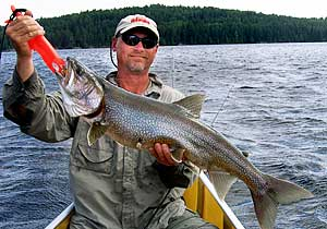 Fishing the boundary waters quetico handeling fish for Boundary waters fishing